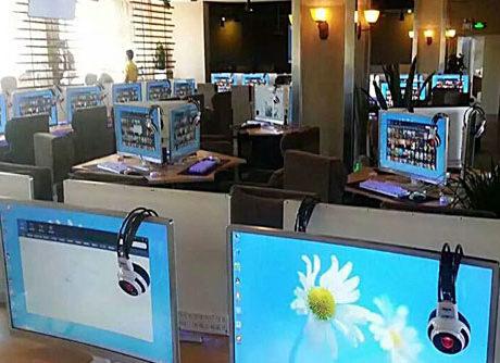 Gaming Monitor Application Scenario